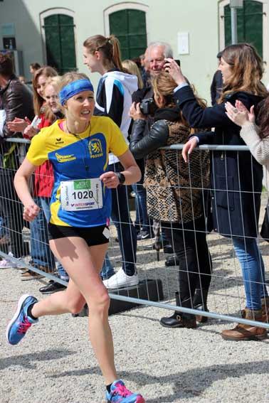 Domlauf 2016 LG Passau Jasmin Niederhofer