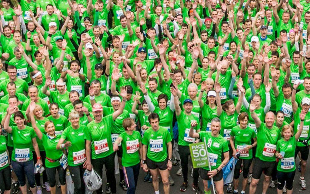 """Das """"guglwald bewegt"""" - Team beim Linz-Marathon 2015"""
